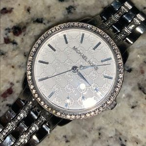 SILVER MICHAEL KORS WATCH W/ DIAMOND ACCENTS